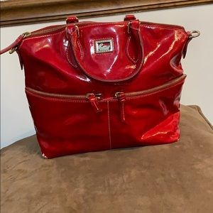 ✅Authentic Patent Leather Dooney & Burke Bag✅